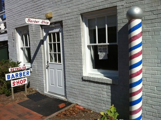 Reynolds Barber Front Door